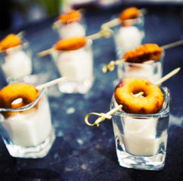 Late Night Snack Ideas For Weddings: Late Night Wedding Reception